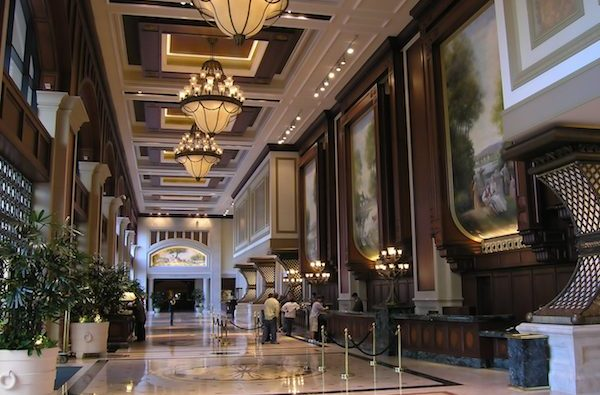 bigstock-Luxury-Hotel-Lobby-1085043-600x411